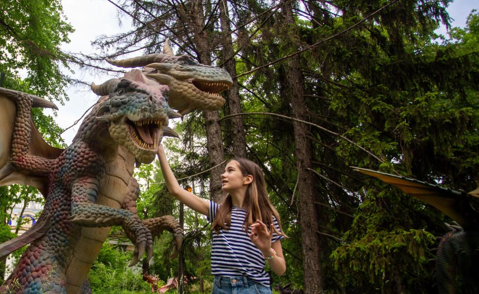 Світ драконів: які міфічні  чудовиська можна побачити влітку на ВДНГ