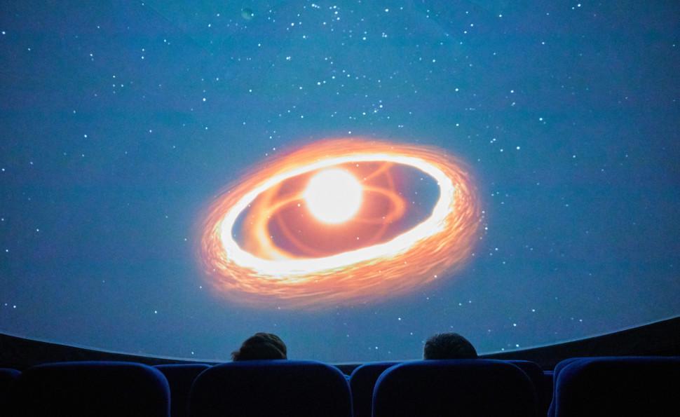 Сферичний кінотеатр TELEPORT360