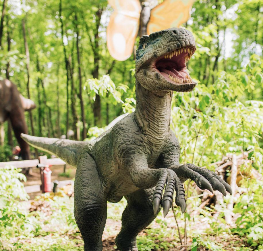 Грізні хижаки та велетенські травоїдні. Кого можна зустріти у «Планеті динозаврів» на ВДНГ