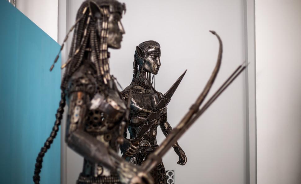 «Зоряні війни», «Гра престолів» та Marvel: яких персонажів можна зустріти на виставці «Галерея сталевих фігур»